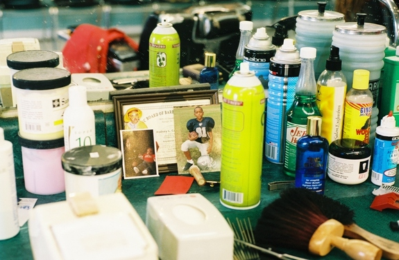 Lscheer_barber_shop