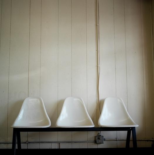 Lscheer_laundromat_chairs